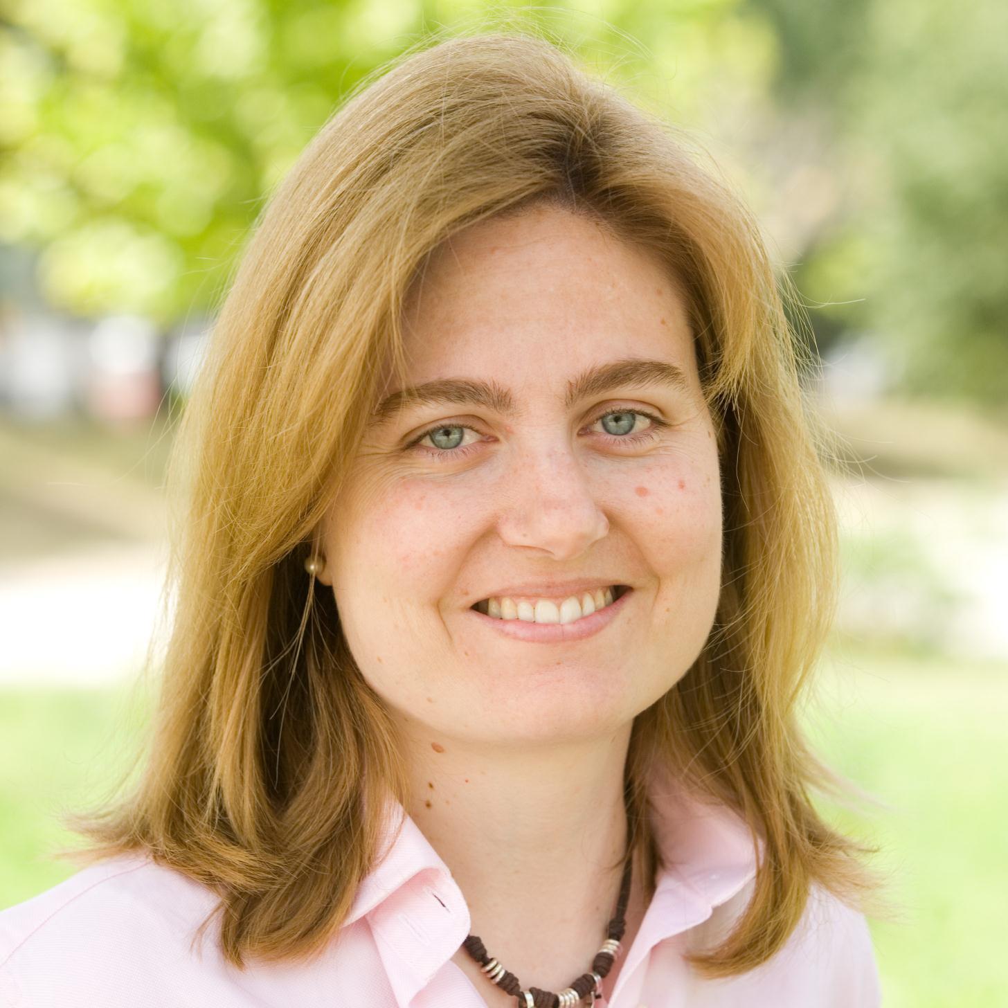 Entrevista a Cristina Álvarez, Jefa de Programación de la Dirección General Comercial de CLH