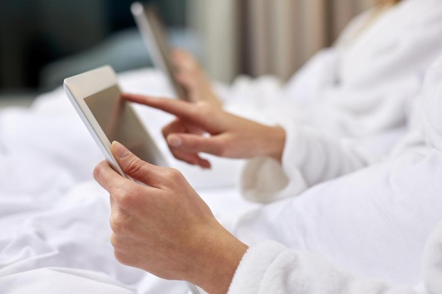 En 2025 dos de cada 10 compras del sector del lujo se realizarán a través de Internet