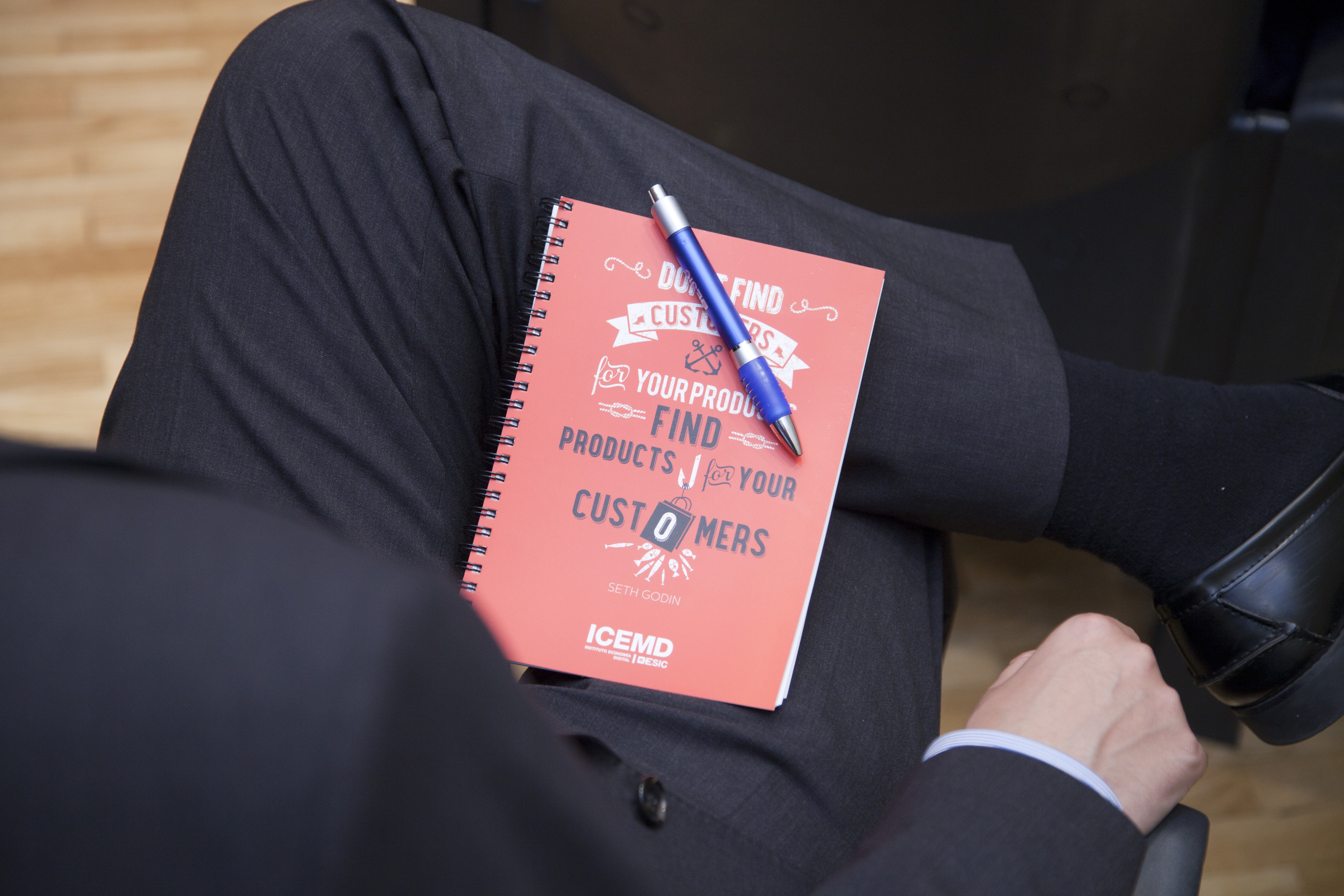 Sexta entrega del Informe Clientes@2033: cómo preparar la empresa para el cliente 2033