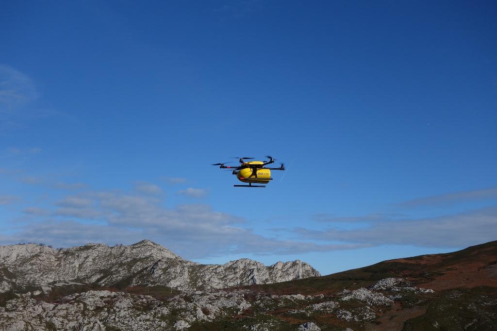 Correos amplía su servicio de Citypaq e inicia pruebas con drones
