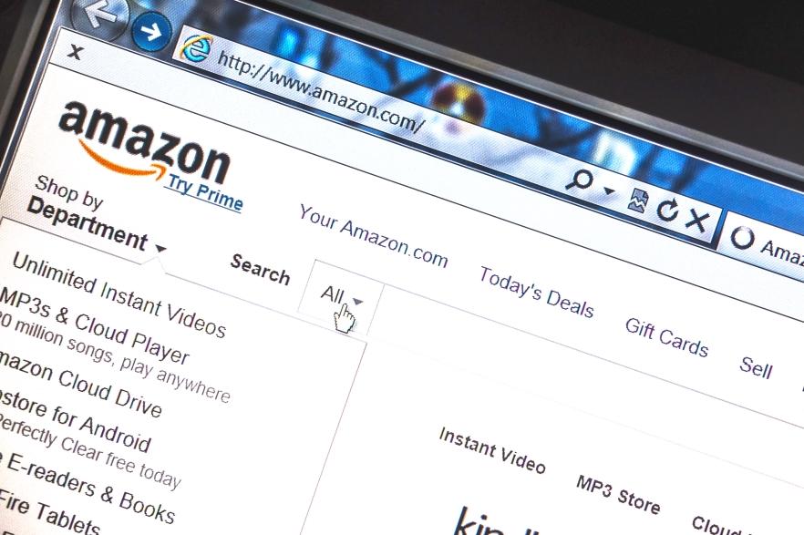 Amazon vuelve a conseguir resultados positivos en 2015