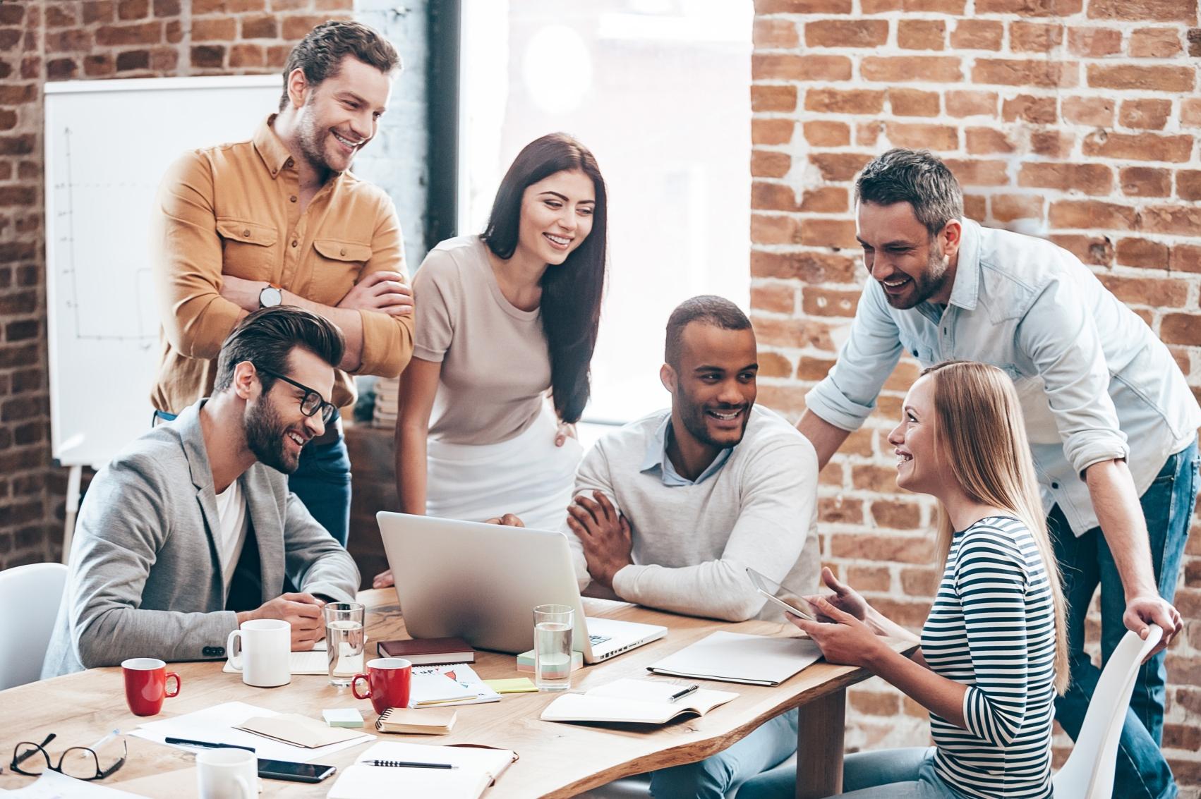 La conciencia empresarial en búsqueda de la felicidad laboral