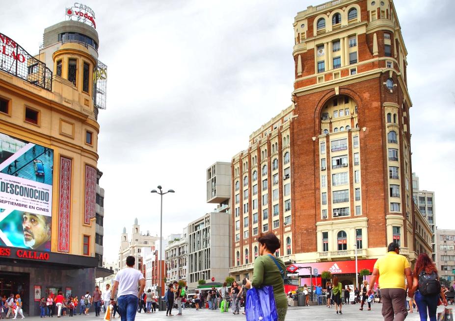 Correos ofrece experiencias únicas a los transeúntes en el centro de Madrid