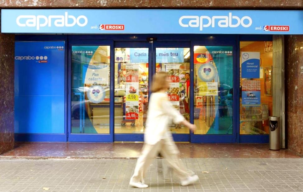 Caprabo estrena los servicios de Click&Collect y Click&Drive