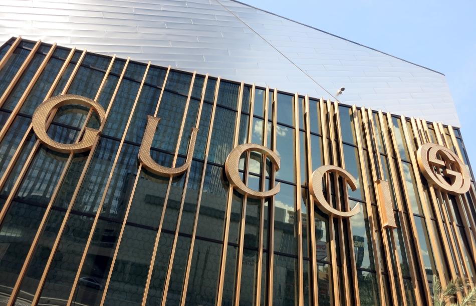 Gucci  abandona la coalición contra las falsificaciones tras entrar Alibaba