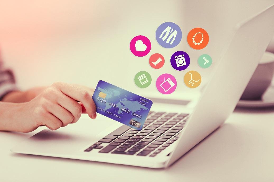 Seis de diez compras de lujo están influenciadas por el entorno online