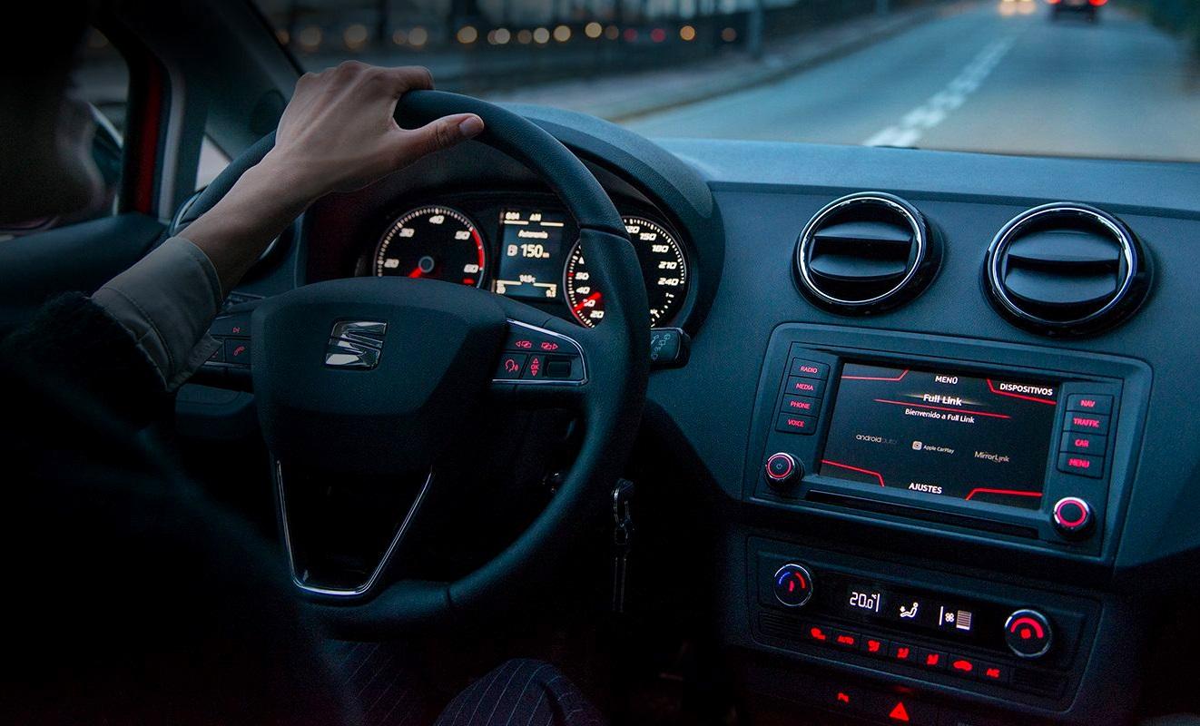 Seat: a la caza del liderazgo del coche conectado