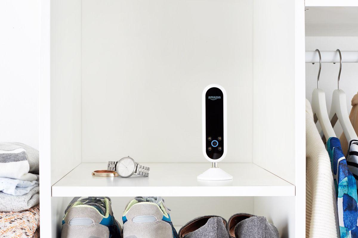 ¿No sabes qué ponerte? La nueva cámara inteligente de Amazon te ayuda