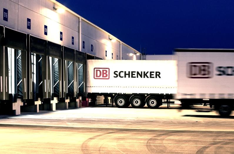 DB Schenker comienza a operar con robots en sus servicios de eCommerce