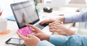 El PC sigue liderando como medio de compra online en España