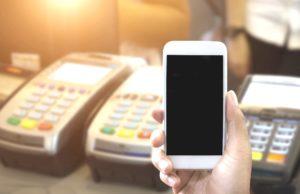 Un 72% de españoles ya paga con dispositivos móviles