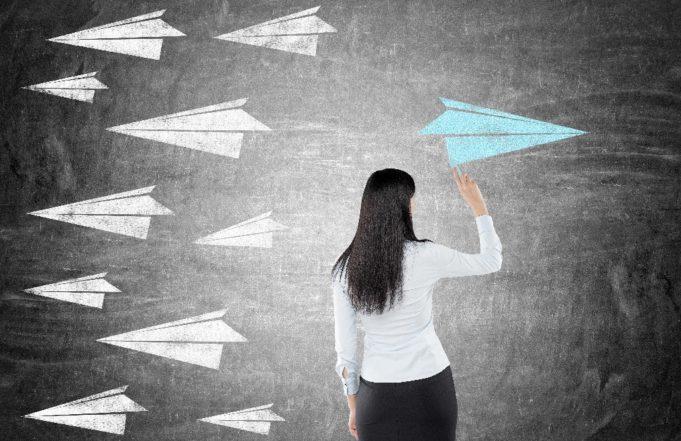 Las mujeres se inclinan hacia el liderazgo social