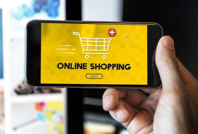 Más del 40% de los eShoppers compran influenciados por las redes sociales