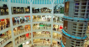 Los centros comerciales se suman a la era digital