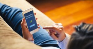 Las transacciones dentro de las apps se posicionan como medio de pago online