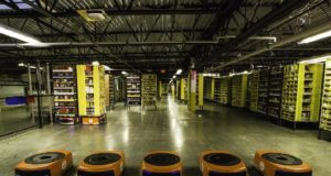 Los robots de Amazon llegan a su centro logístico de Barcelona