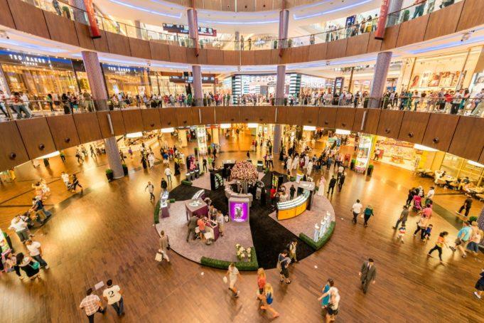Amazon desafía al retail y provoca miles de cierres en Estados Unidos
