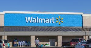 La estrategia de Walmart para competir con Amazon: sus empleados repartirán paquetes al salir del trabajo