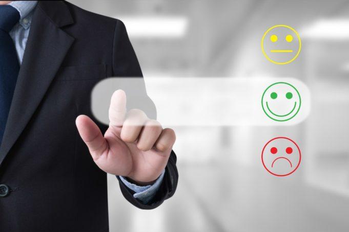 A empleados contentos… mejor experiencia de cliente