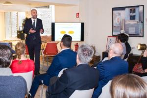 """Pablo Couso, Technology Expert de Datisa, durante su ponencia """"Liderazgo y empresa: las claves para impulsar tu compañía"""""""