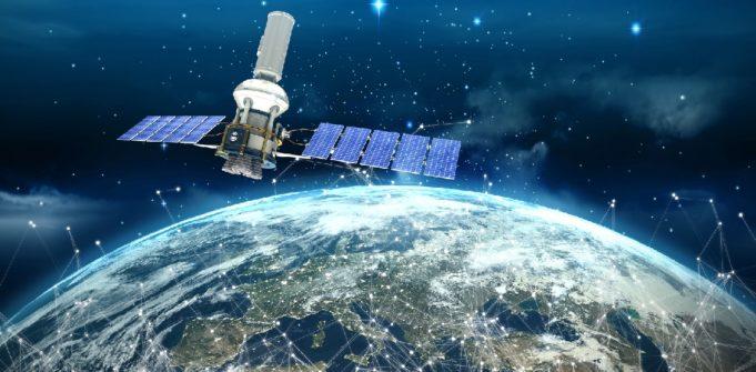 satélite inteligencia artificial