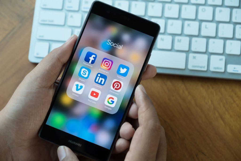 hootsuite social selling