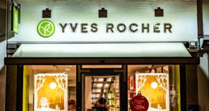 Yves Rocher Hootsuite