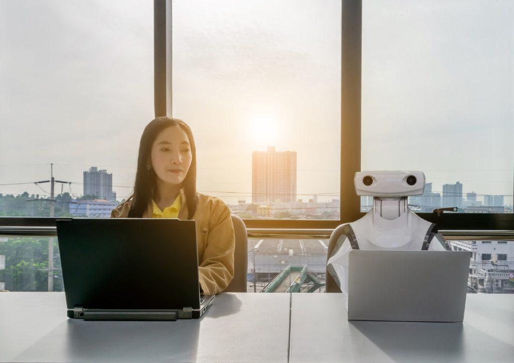 robots liderazgo esade