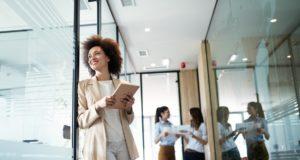 icade liderazgo femenino