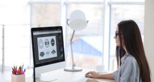 Zara y Telefónica, entre otras marcas, modifican temporalmente su logotipo para concienciar al consumidor
