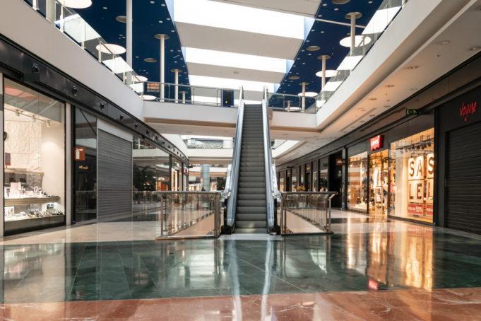 Los centros comerciales no podrán asumir más pérdidas mensuales superiores a los 3000M€