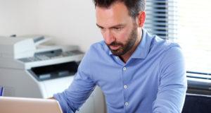 problemas-tecnologicos-trabajo-en-remoto-afectan-productividad-motivacion-empleados
