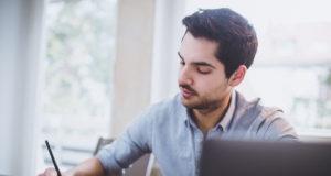 compromiso-empleados-espanoles-desciende