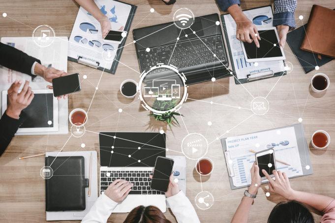 conectividad-interconexion-internet-redes-tendencias-2021
