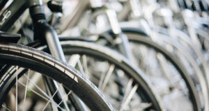 simbiosis-Pelikane-AMBE-apuesta-por-la-logistica-sostenible-y-digital-en-el-sector-de-la-bicicleta