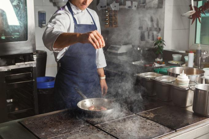 dark-kitchens-revolucionan-modelo-negoci-hosteleria-740-millones-espana