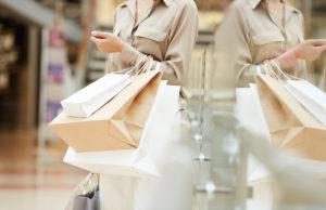 74-de-los-espanoles-comprando-tiendas-fisicas-y-busquedas-previas-internet