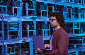 revolucion-tecnologica-empresas-era-inteligencia-artificial-blockchain